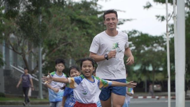 Những câu chuyện để lại ấn tượng sâu sắc trong chương trình Revive Marathon xuyên Việt - 2