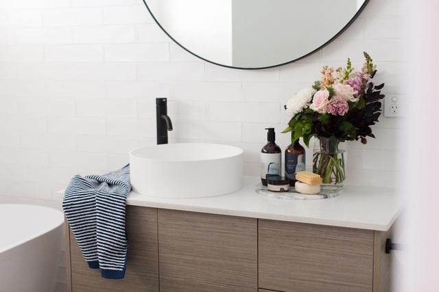 """Những lưu ý """"vàng"""" giúp phòng tắm nhà bạn sang chảnh trong nháy mắt - 3"""