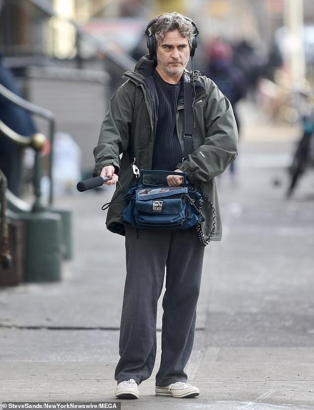"""Sau bộ phim """"tỷ đô"""", tài tử """"Joker"""" lại cần mẫn đi đóng phim - 3"""