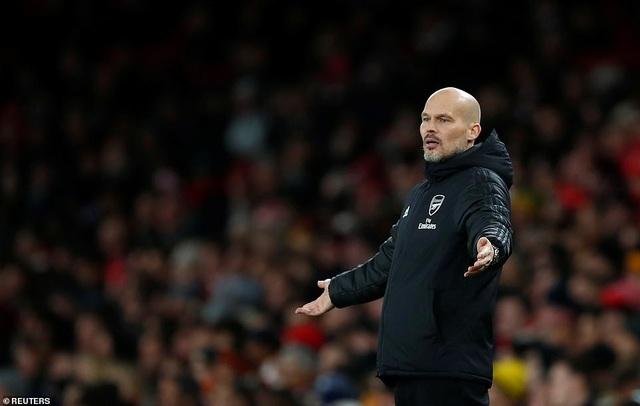 """Arsenal 1-2 Brighton: """"Pháo thủ"""" tiếp tục nhận trái đắng - 3"""