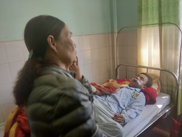 """Vụ tai nạn 3 người tử vong: """"Tang mẹ chưa hết lại đến tang chồng"""" - 4"""