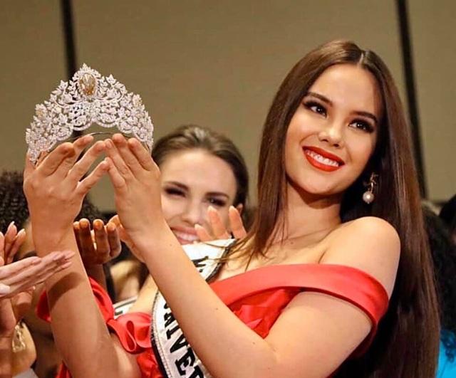 Ra mắt mẫu vương miện mới dành cho Hoa hậu Hoàn vũ 2019 - 1