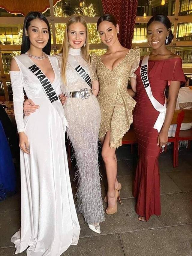 Ra mắt mẫu vương miện mới dành cho Hoa hậu Hoàn vũ 2019 - 19