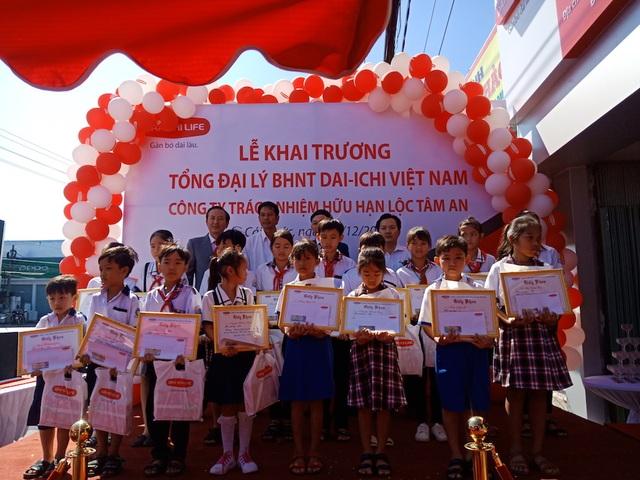 Công ty BHNT Dai-ichi Việt Nam khai trương Văn phòng Tổng Đại lý tại tỉnh Cà Mau - 2