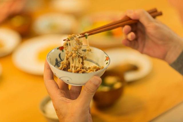 Vì sao người Nhật chuộng dùng các sản phẩm ngừa đột quỵ tuổi 40? - 1