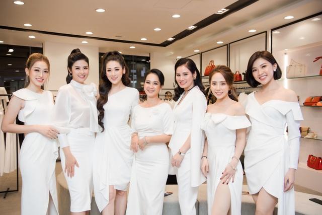 """""""Mẹ chồng"""" Lan Hương được dàn Hoa hậu, diễn viên tranh nhau gọi """"u"""" - 2"""