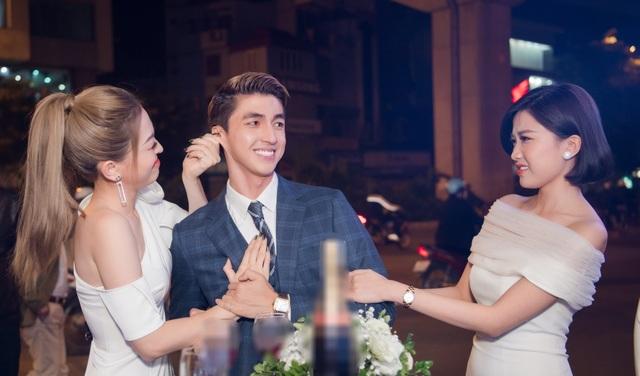 """""""Mẹ chồng"""" Lan Hương được dàn Hoa hậu, diễn viên tranh nhau gọi """"u"""" - 9"""