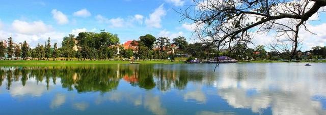 Những hồ nước cực đẹp được du khách yêu thích nhất Việt Nam - 3