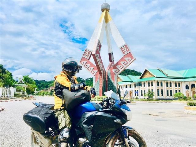 """3 lần đi xuyên Việt, """"phượt"""" Đông Nam Á bằng xe máy của 9x mê xê dịch - 2"""