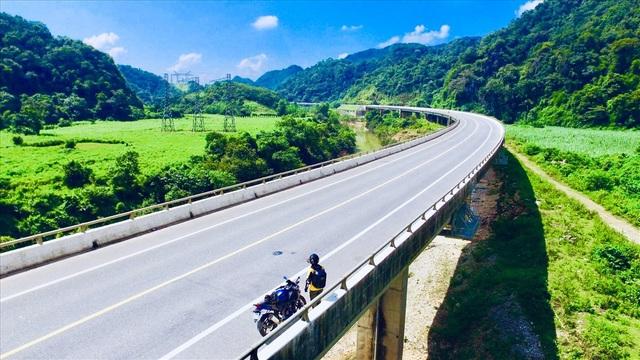 """3 lần đi xuyên Việt, """"phượt"""" Đông Nam Á bằng xe máy của 9x mê xê dịch - 5"""