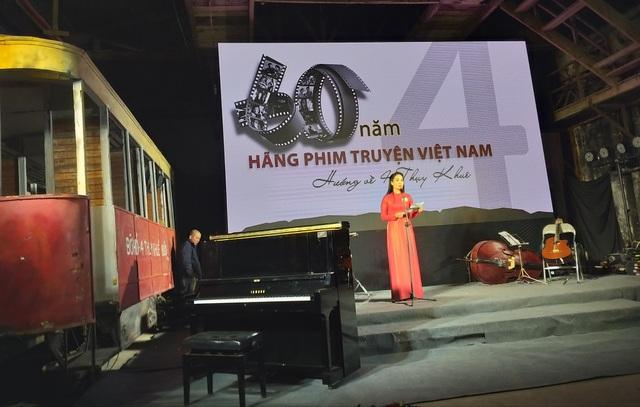 Nhiều nghệ sĩ bật khóc trong lễ kỷ niệm 60 năm Hãng phim truyện Việt Nam - 4
