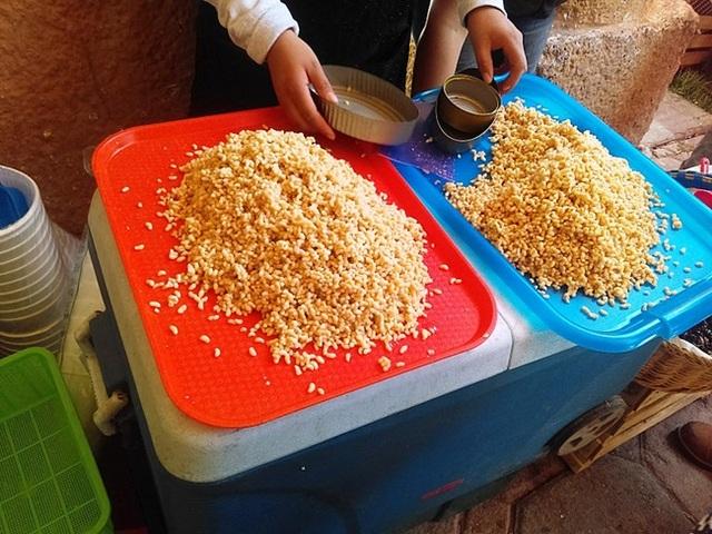 Mỏ vàng dưới rễ cây, lấy về bán hơn 2 triệu đồng/kg thành món... ngon quên sầu - 6