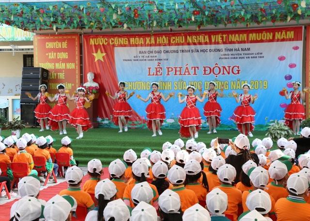 130.000 trẻ em mầm non và tiểu học Hà Nam thụ hưởng chương trình sữa học đường - 4