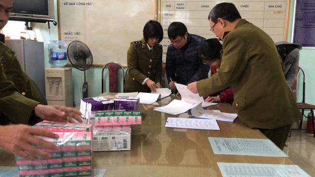 Hà Nội: Thu giữ thuốc tân dược nghi nhập lậu giá trị hơn 1,7 tỷ đồng trong chung cư - 2
