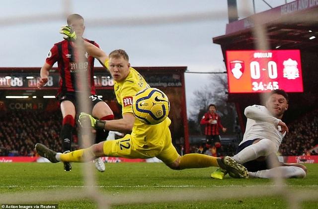 Đại thắng Bournemouth, Liverpool nối dài mạch bất bại - 1