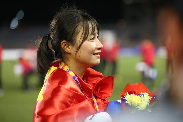 Ngỡ ngàng vẻ đẹp nữ tuyển thủ Việt Nam giành HCV SEA Games 30 - 1