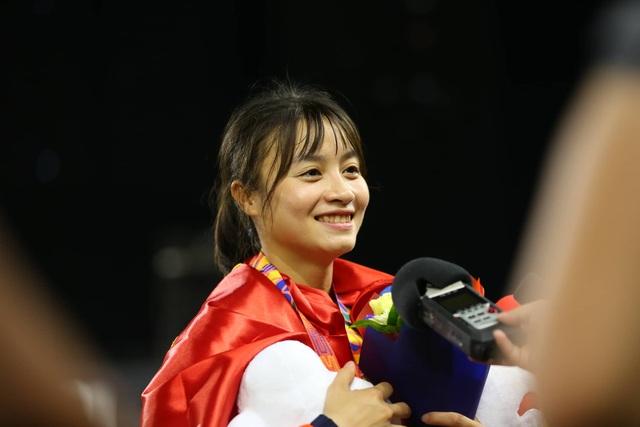 Ngỡ ngàng vẻ đẹp nữ tuyển thủ Việt Nam giành HCV SEA Games 30 - 5