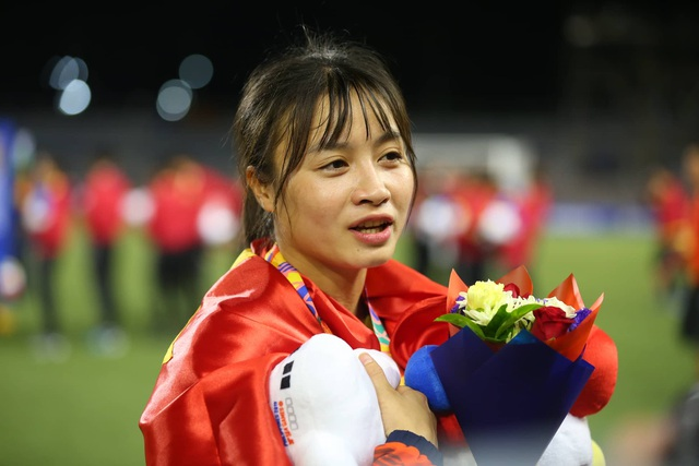 Ngỡ ngàng vẻ đẹp nữ tuyển thủ Việt Nam giành HCV SEA Games 30 - 8