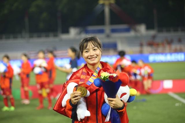 Ngỡ ngàng vẻ đẹp nữ tuyển thủ Việt Nam giành HCV SEA Games 30 - 3