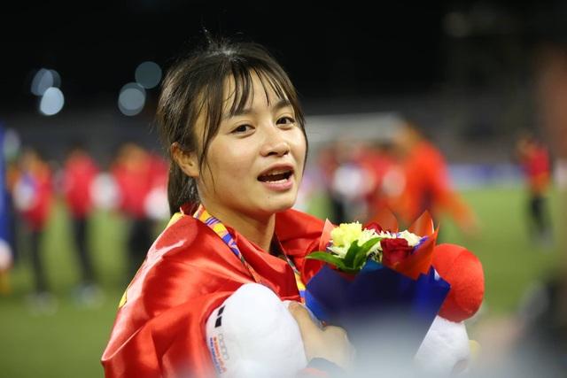 Ngỡ ngàng vẻ đẹp nữ tuyển thủ Việt Nam giành HCV SEA Games 30 - 7