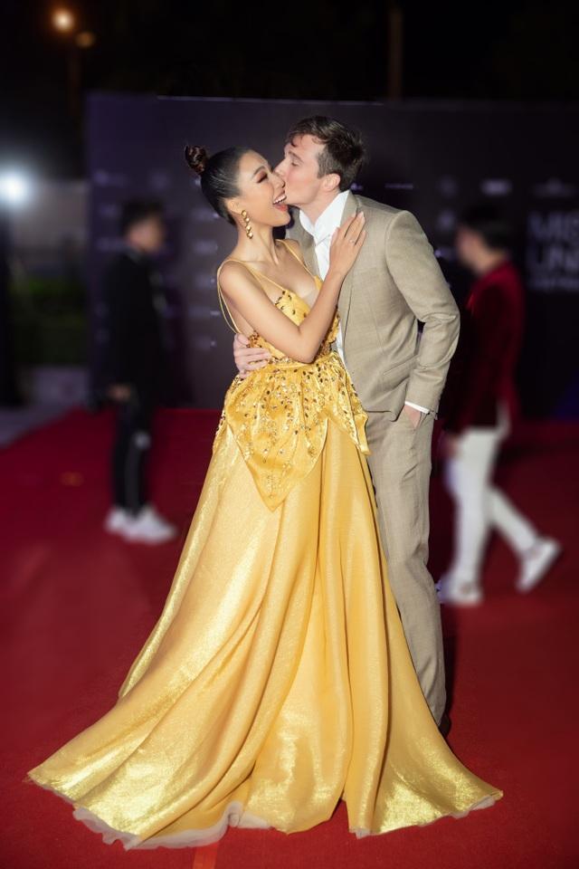 Hoàng Oanh tiết lộ về Trấn Thành, Khánh Vân sau Hoa hậu Hoàn vũ Việt Nam - 5