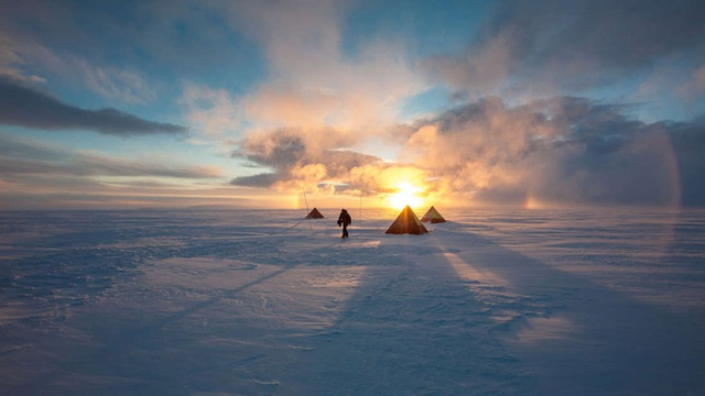 Sống 14 tháng ở Nam Cực có thể thu nhỏ não của bạn - 1