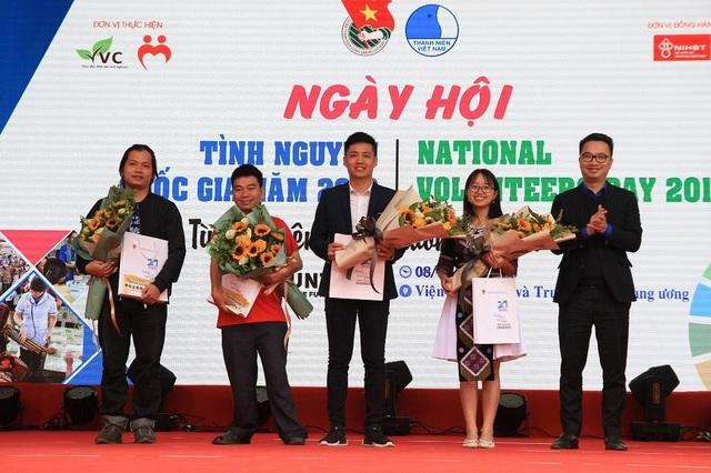 Hơn 1.000 bạn trẻ nhiệt huyết tham gia Ngày hội tình nguyện Quốc gia - 4