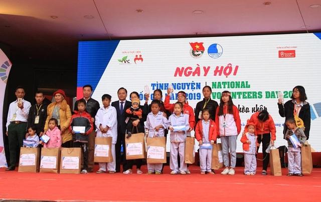 Hơn 1.000 bạn trẻ nhiệt huyết tham gia Ngày hội tình nguyện Quốc gia - 5
