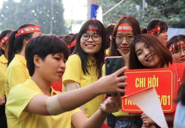 Hơn 1.000 bạn trẻ nhiệt huyết tham gia Ngày hội tình nguyện Quốc gia - 7