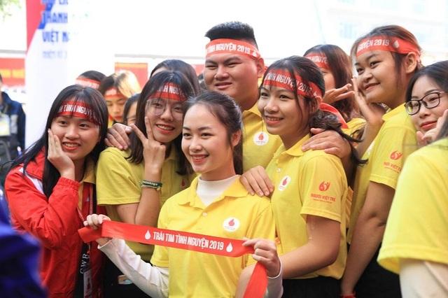 Hơn 1.000 bạn trẻ nhiệt huyết tham gia Ngày hội tình nguyện Quốc gia - 8