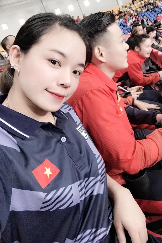 VĐV cử tạ giành HCV SEA Games sở hữu nét đẹp tựa hot girl, hút dân mạng - 2