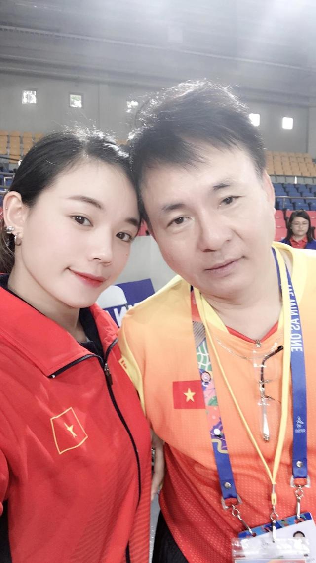 VĐV cử tạ giành HCV SEA Games sở hữu nét đẹp tựa hot girl, hút dân mạng - 3