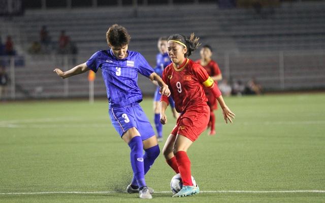 Huỳnh Như liên tục bị đá xấu, HLV Mai Đức Chung phản ứng trọng tài - 10