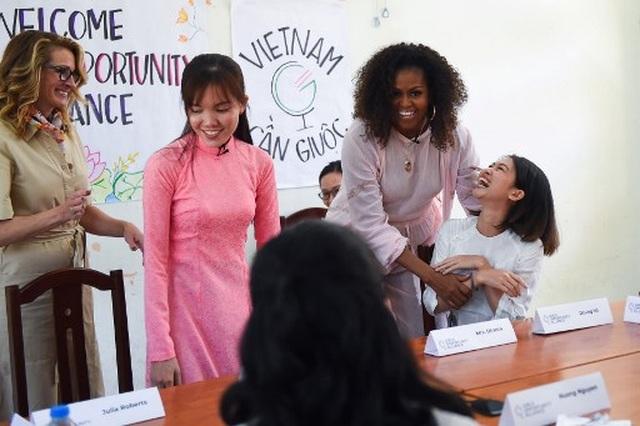 Bà Michelle Obama nhắn gửi nữ sinh Việt: Hãy theo đuổi ước mơ thông qua giáo dục - 3
