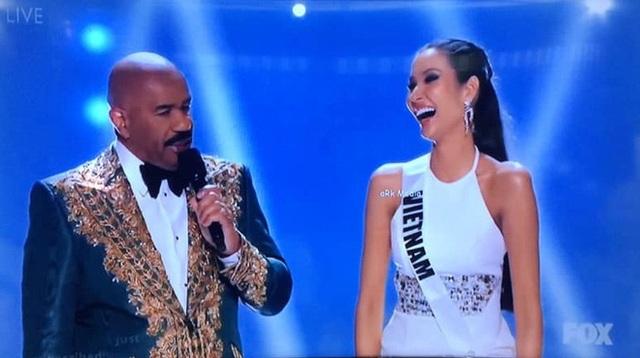 Hoàng Thùy dừng chân ở Top 20; Người đẹp Nam Phi giành danh hiệu Hoa hậu hoàn vũ - 17