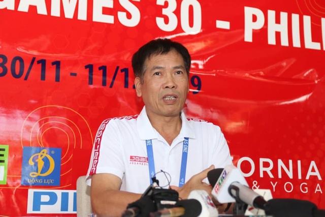"""Trưởng đoàn Trần Đức Phấn: """"Cả nước chờ đợi tấm HCV SEA Games của U22 Việt Nam"""" - 2"""