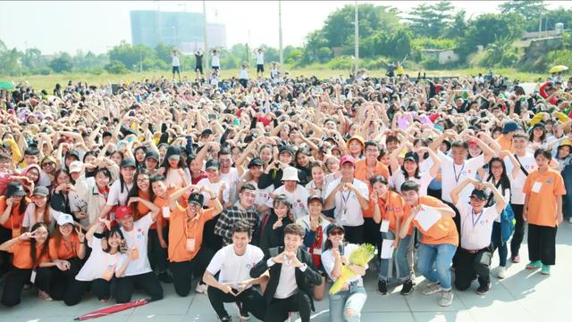 Hơn 20.000 sinh viên tham gia giải chạy vì sức khỏe và môi trường - 1