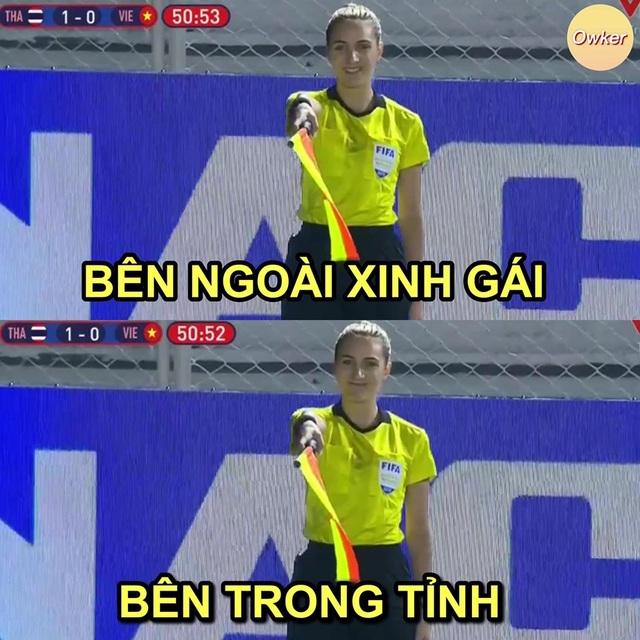 Những hình ảnh đầy ý nghĩa được dân mạng chia sẻ với đội bóng đá nữ Việt Nam - 7