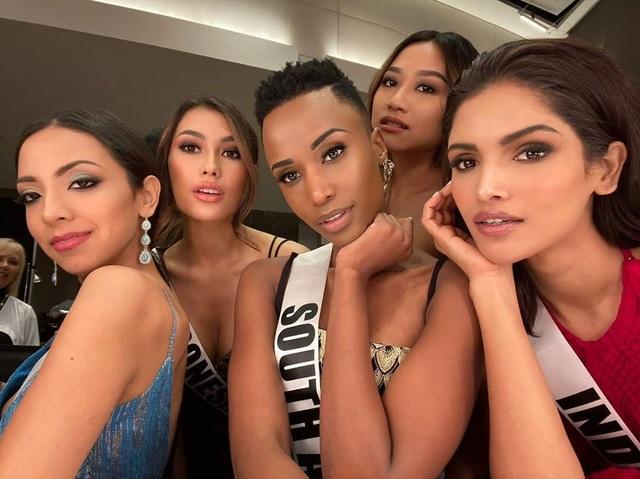 Ấn tượng với vẻ đẹp đen cá tính cùng trí tuệ của tân Hoa hậu Hoàn vũ - 14