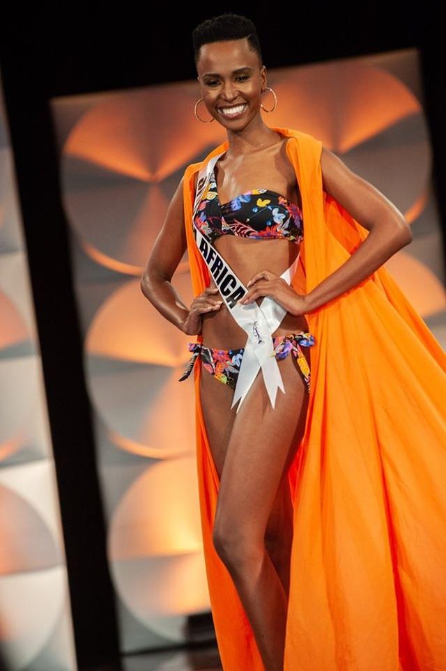 Ấn tượng với vẻ đẹp đen cá tính cùng trí tuệ của tân Hoa hậu Hoàn vũ - 3
