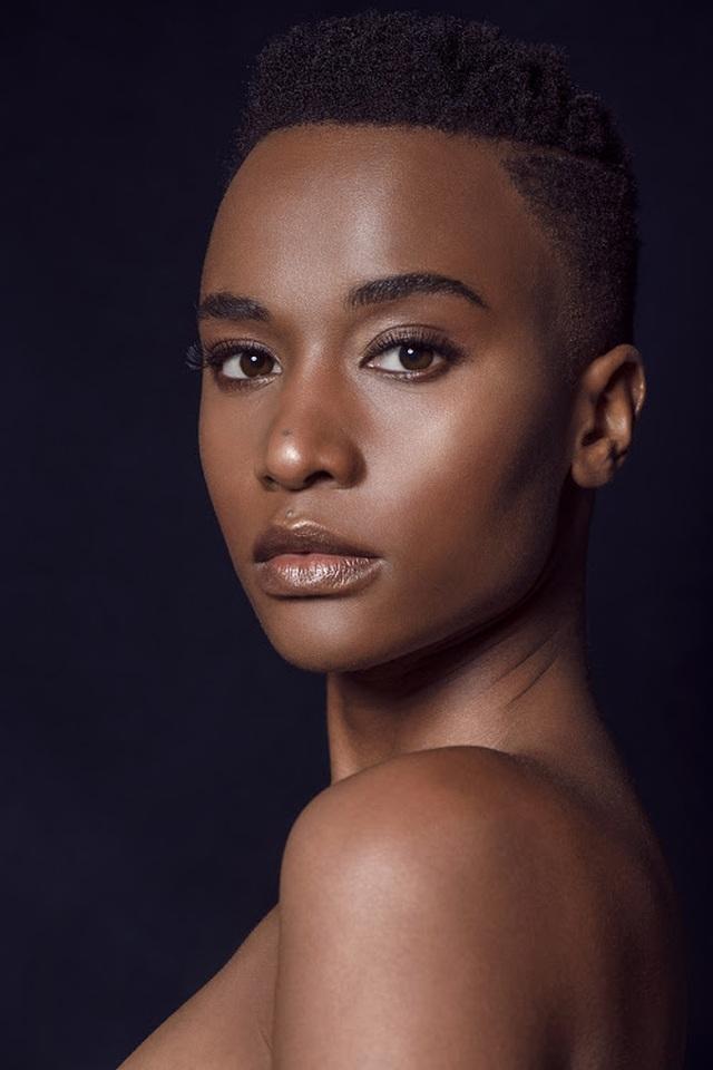 Ấn tượng với vẻ đẹp đen cá tính cùng trí tuệ của tân Hoa hậu Hoàn vũ - 19