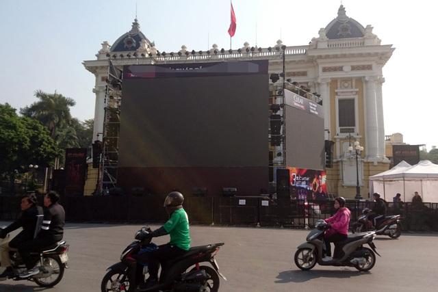Không khí cổ vũ bóng đá rạo rực khắp Hà Nội - 12