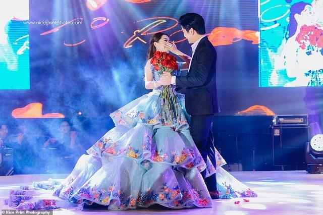 """Sinh nhật tuổi 18 của cô gái Philippines được so sánh với phim """"Con nhà siêu giàu Châu Á"""" - 8"""