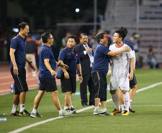 Quang Hải tiếc nuối vì hụt cơ hội ra sân phút cuối trước U22 Indonesia - 4