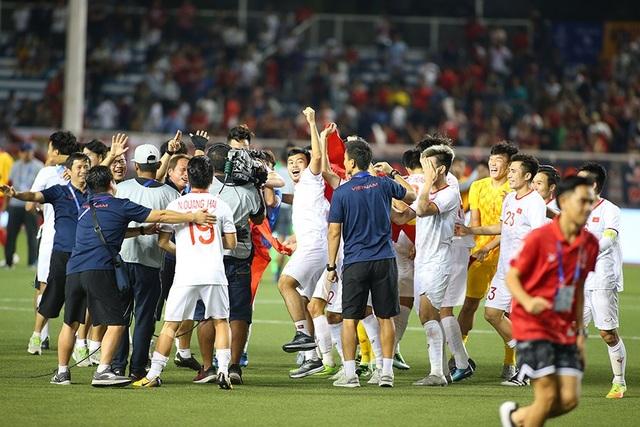 Quang Hải tiếc nuối vì hụt cơ hội ra sân phút cuối trước U22 Indonesia - 7
