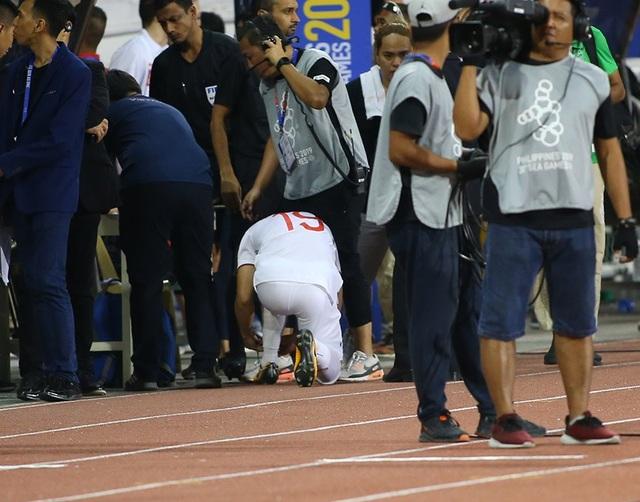 Quang Hải tiếc nuối vì hụt cơ hội ra sân phút cuối trước U22 Indonesia - 1