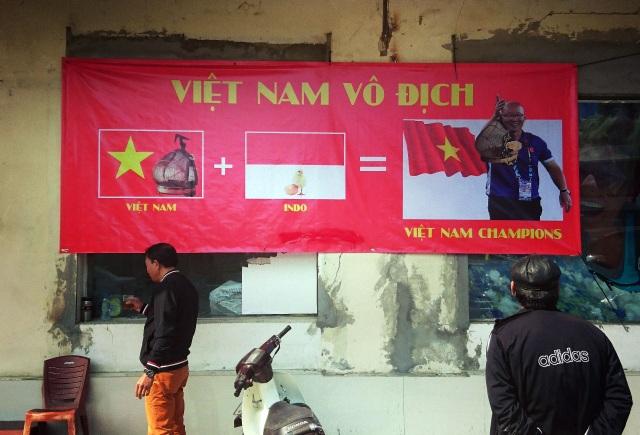 Không khí cổ vũ bóng đá rạo rực khắp Hà Nội - 5