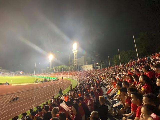 Sao Việt vỡ oà trước chiến thắng của U22 Việt Nam tại SEA Games 30 - 4