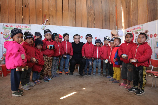 Báo Dân trí khởi công xây dựng trường Mầm non sát biên giới Việt - Lào - 7