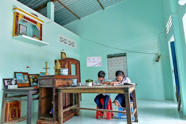 Mái nhà mới, không gỉ sét cho gần 300 hộ gia đình từ Tôn Zacs® + Công nghệ INOK™ - 2